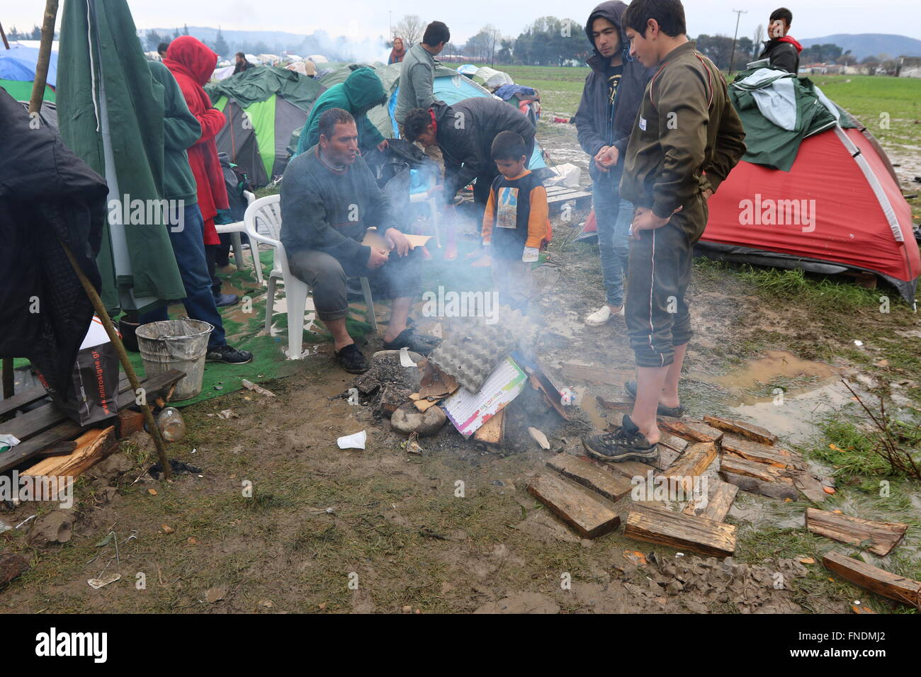 Idomeni, Greece. 14th March 2016. Thousands of refugees are still stranded in the makeshift Idomeni refugee camp - Stock Image