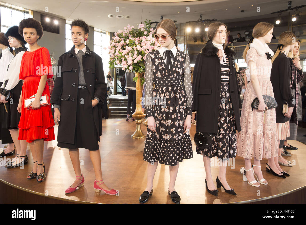 1e4b5ec27122b4 New York Fashion Week Fall/Winter 2016 - Kate Spade Presentation at The  Rainbow Room