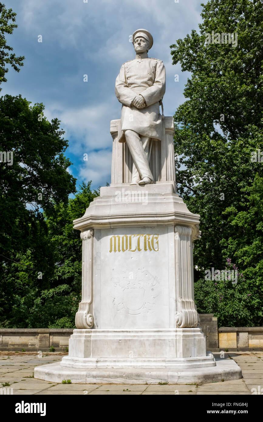 Moltke memorial In the Tiergarten Public park in Summer, Berlin - Stock Image