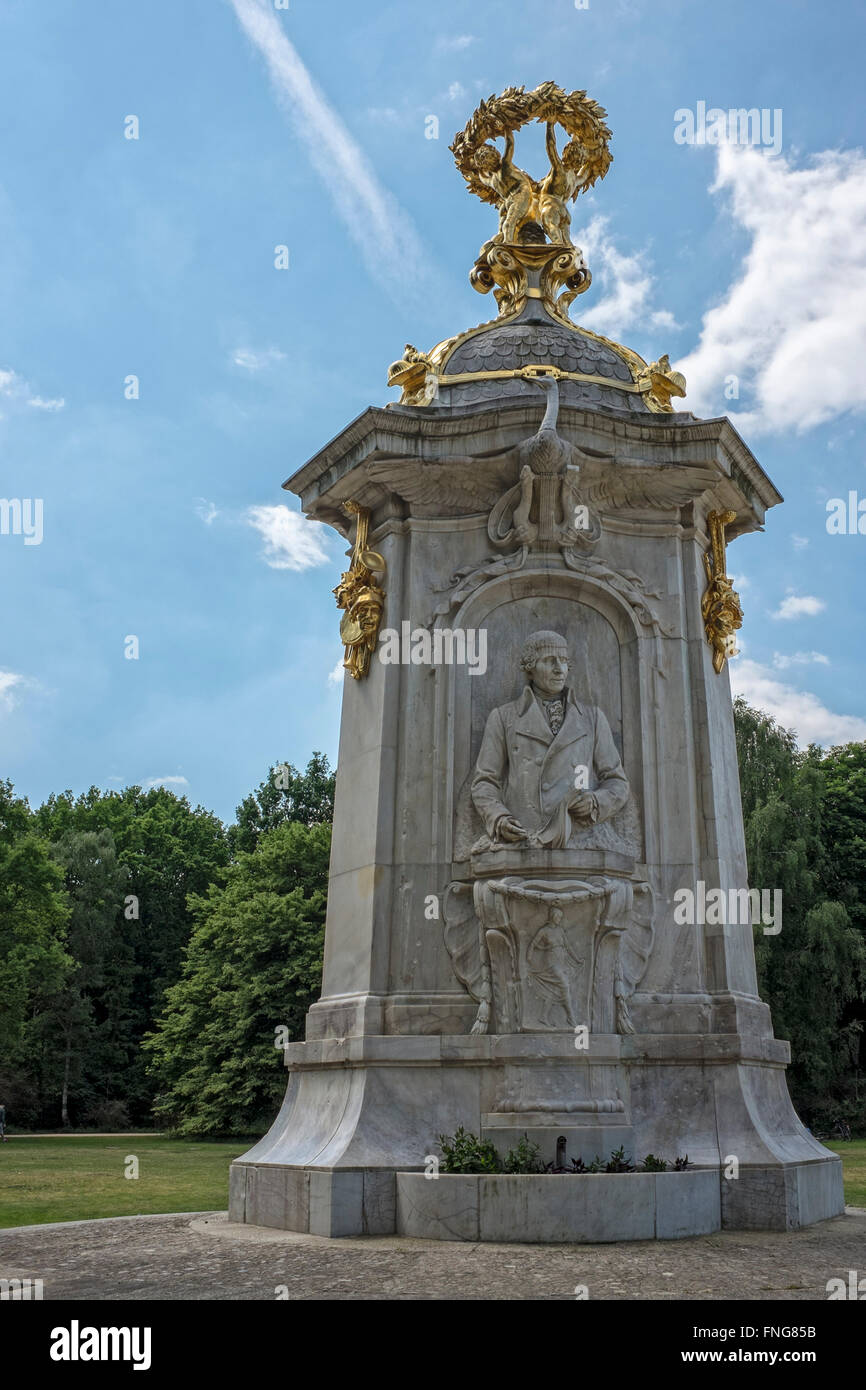Musicians 'Beethoven Haydn Mozart' memorial by sculptor Rudolf Siemering in The Tiergarten, Berlin - Stock Image