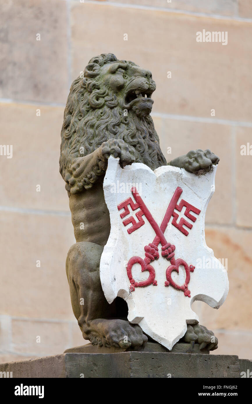 Dutch lion with the Coat of arms of the city of Leiden, Netherlands - Stock Image