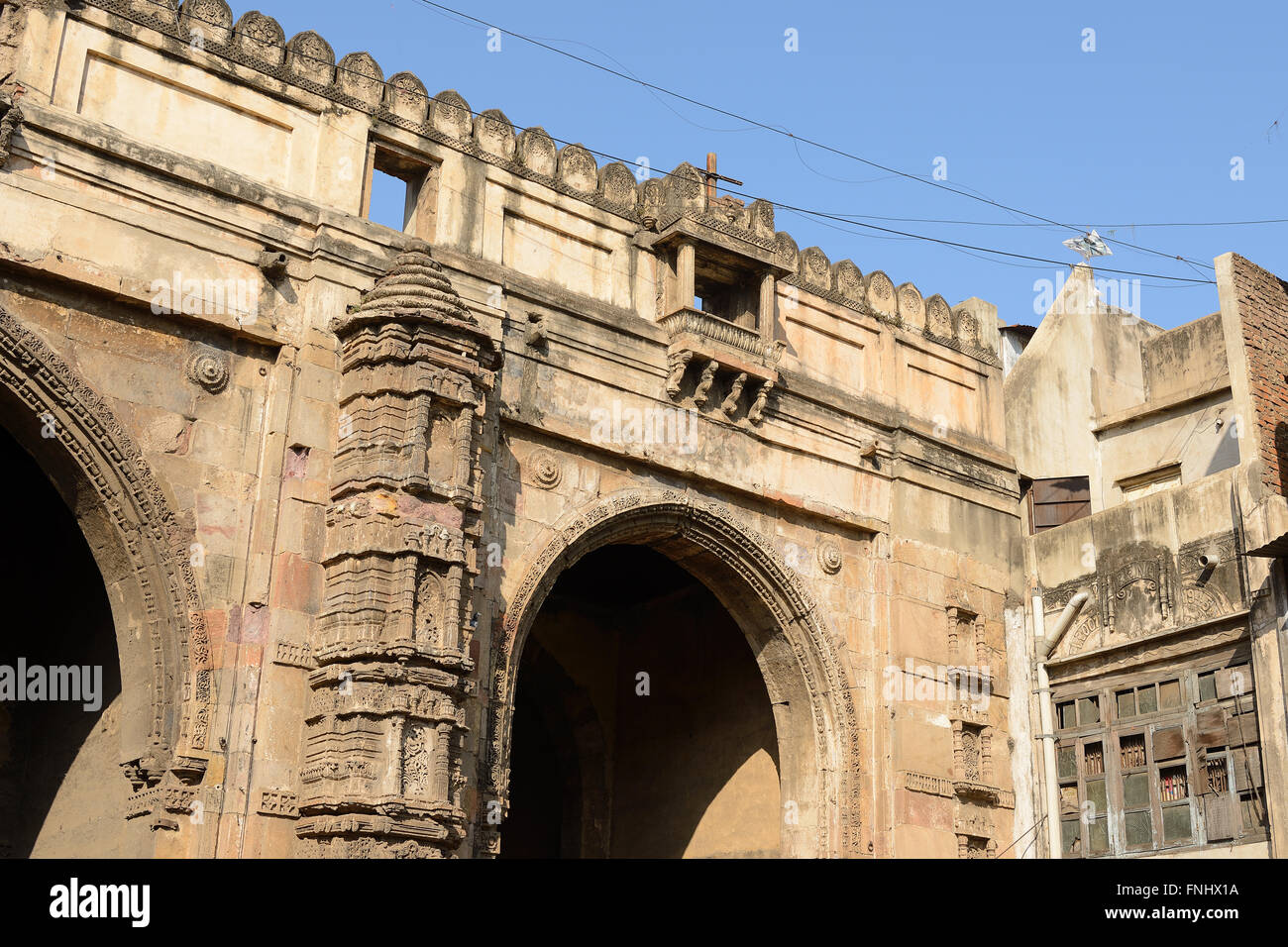 Historic building in Ahmadabad town in the Indian state of Gujarat - Stock Image