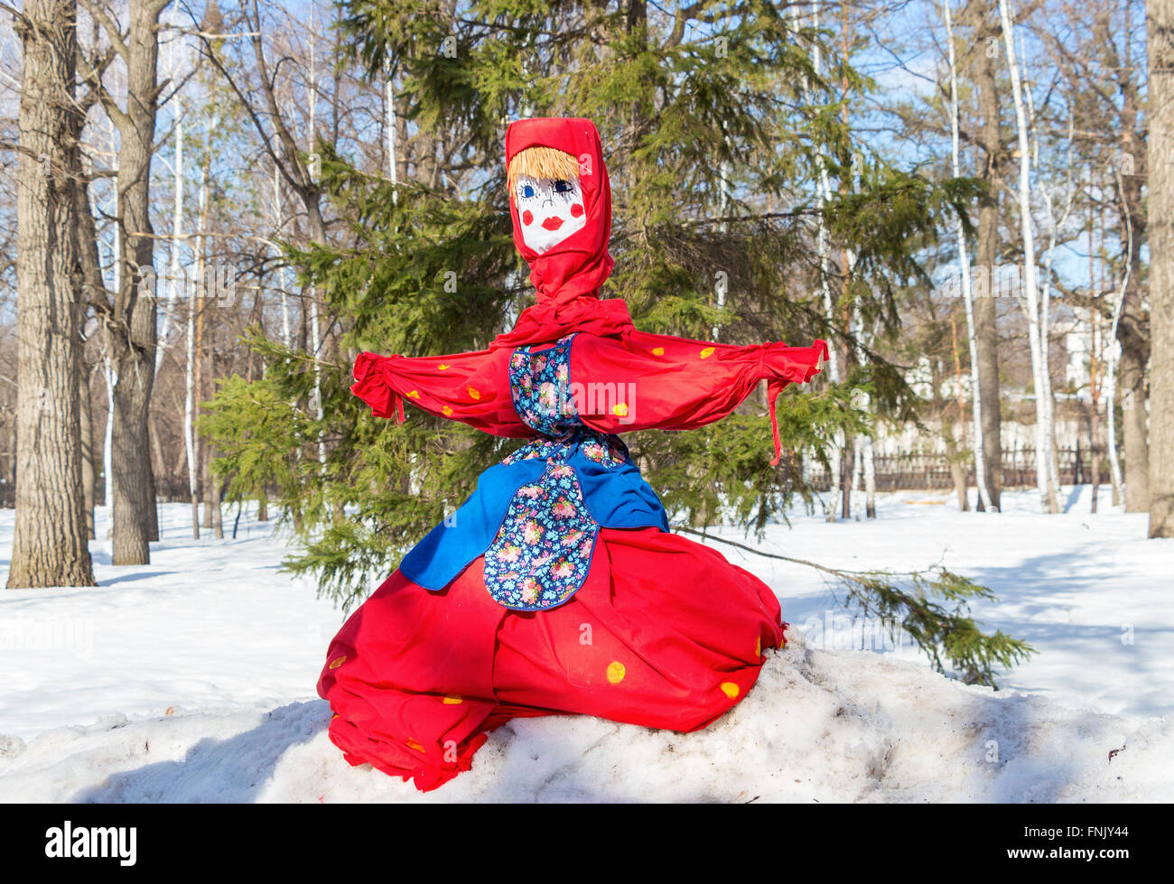 Shrovetide in Russia. Big doll for the burning. Maslenitsa or Pancake Week is the Slavic Holiday - Stock Image