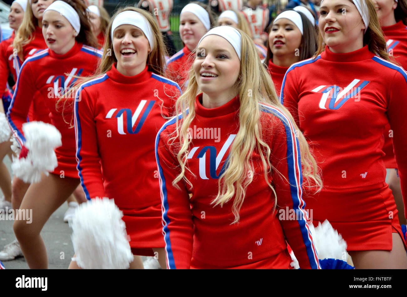 London, UK. New Year's Day parade Jan1 2016. American cheerleaders - Stock Image