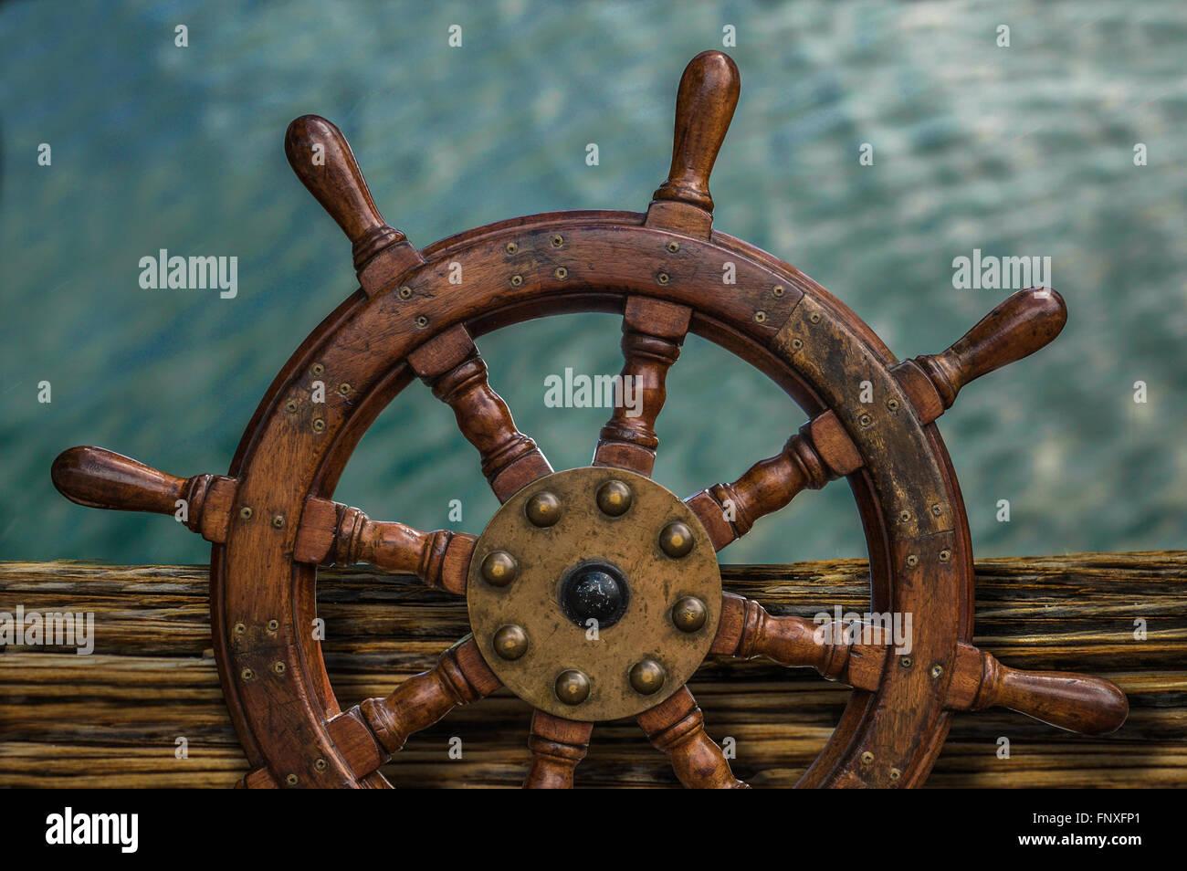 Antique Ships Wheel Stock Photos Amp Antique Ships Wheel