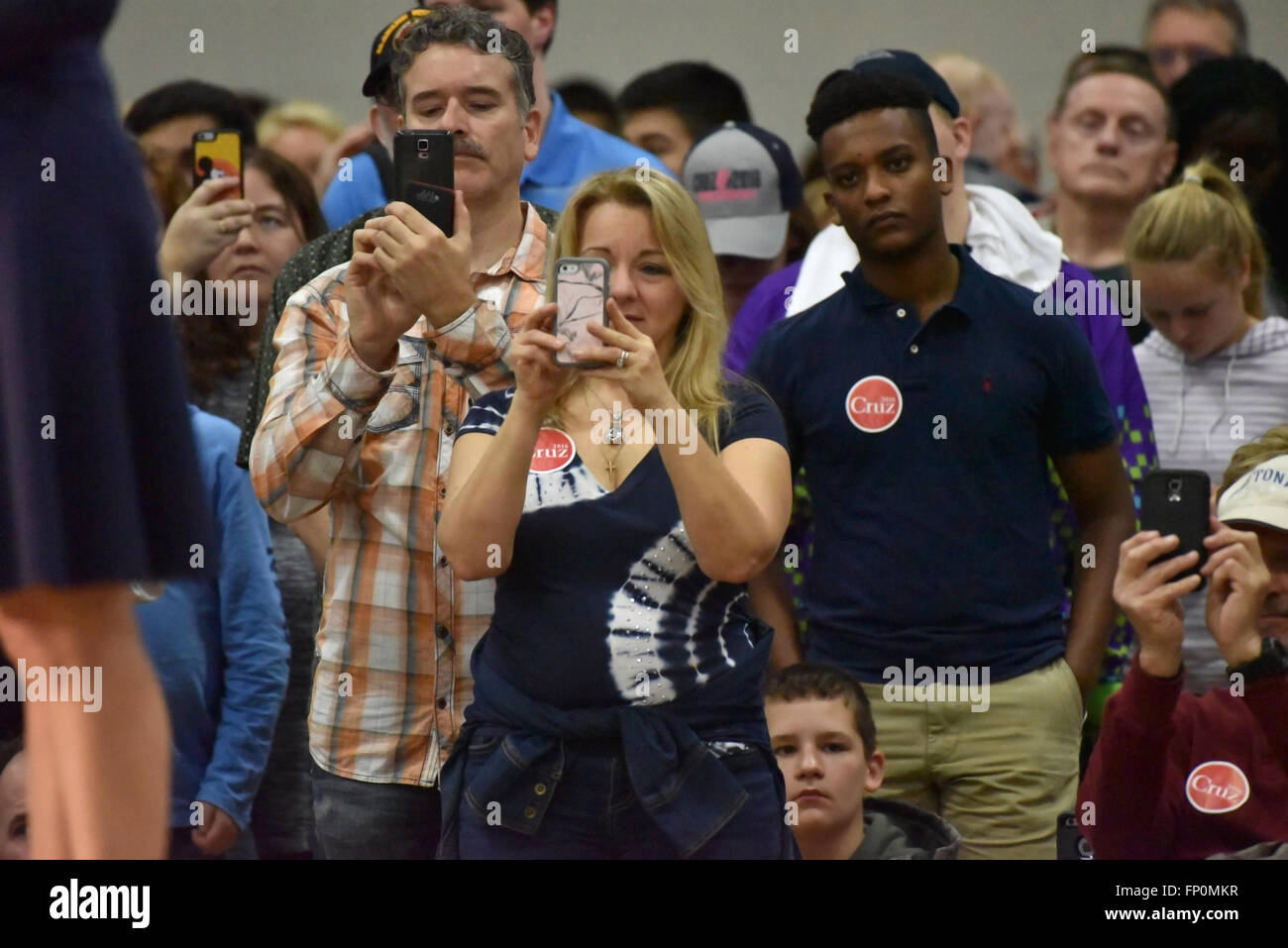 Saint Louis, MO, USA - March 12, 2016: Ted Cruz supporters snap photos of Carly Fiorina as she stumps for the Republican - Stock Image