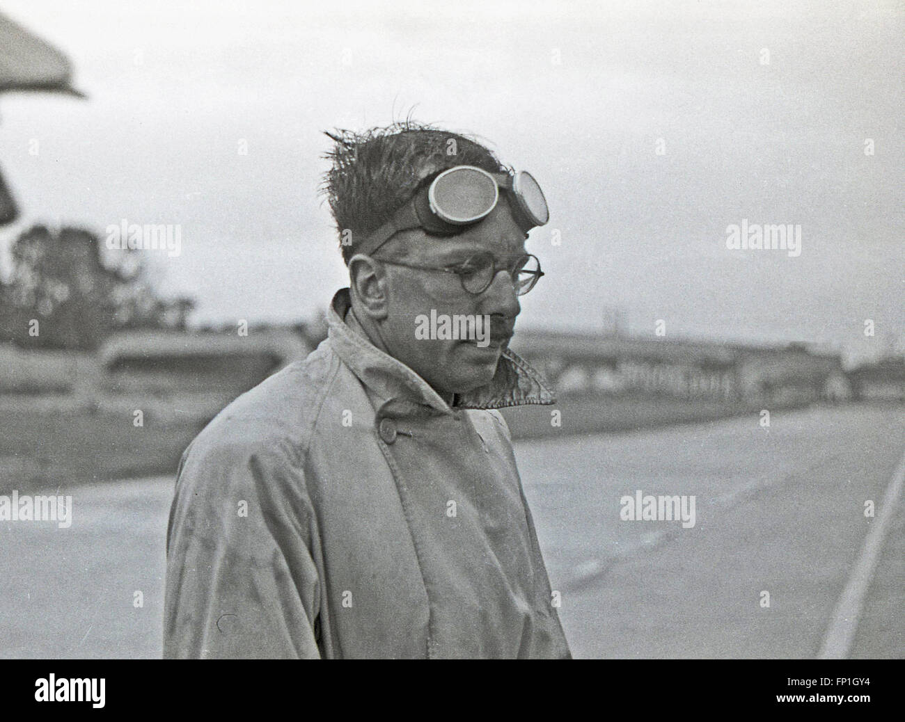 1930s, Historical picture. Racing driver Hugh Curling-Hunter at Brooklands after a race. - Stock Image