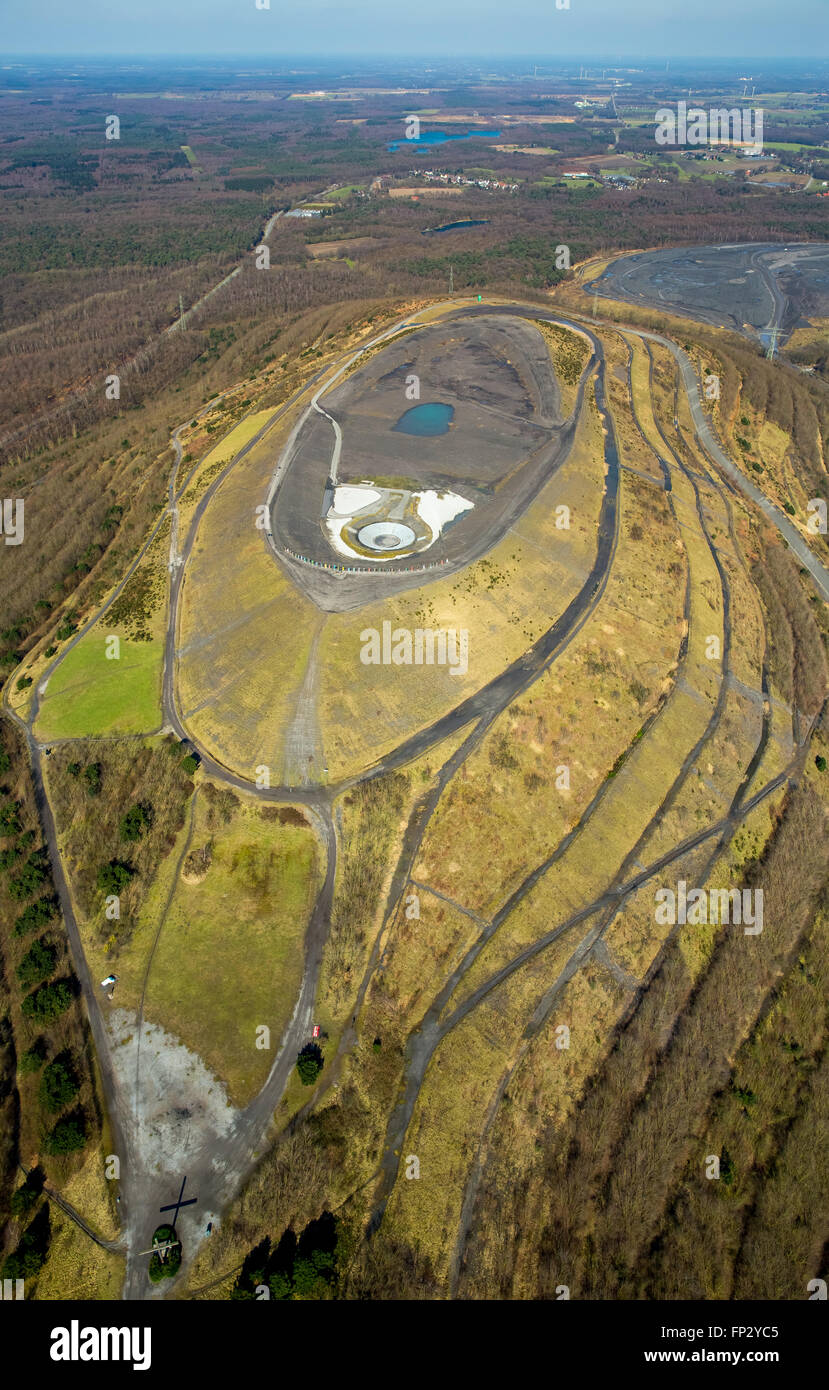 Aerial view, landfill Haniel with track plates and open-air theater, Impressive Sculpture 'Totem' at the - Stock Image