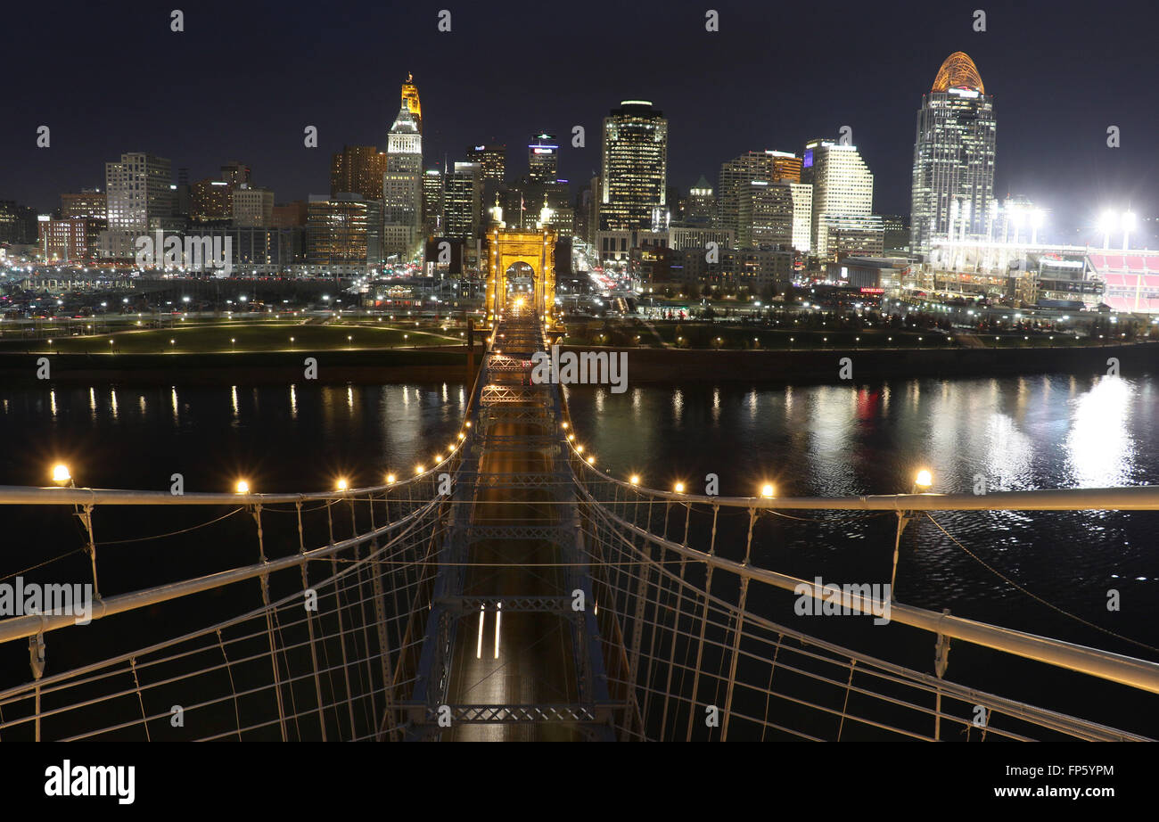 John A. Roebling Suspension Bridge over The Ohio River between Cincinnati, Ohio and Covington, Kentucky. Stock Photo