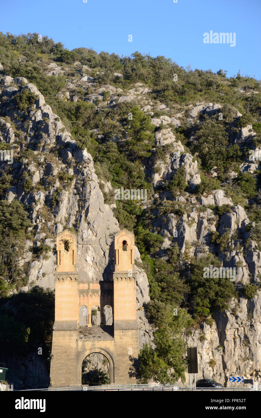 Remains of the Historic Mirabeau Suspension Bridge (1845) over the River Durance Valley  Luberon Regional Park Provence - Stock Image