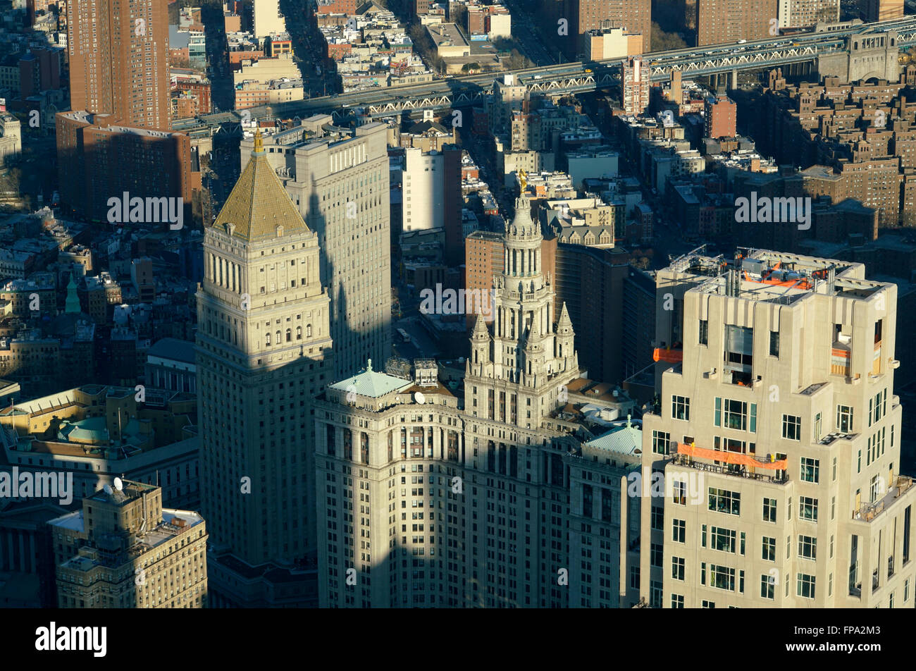 The view of Lower Manhattan with US Courthouse Building and Manhattan Municipal Building in foreground, New York - Stock Image