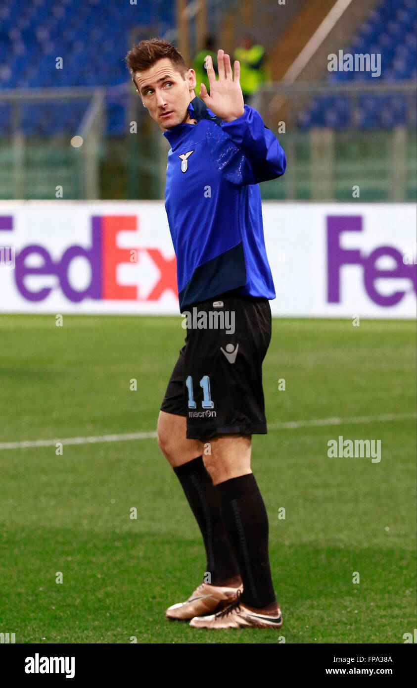 ROME, Italy. 17th Mar, 2016. Lazio's German forward Miroslav Klose greets the fans during the warm up before - Stock Image
