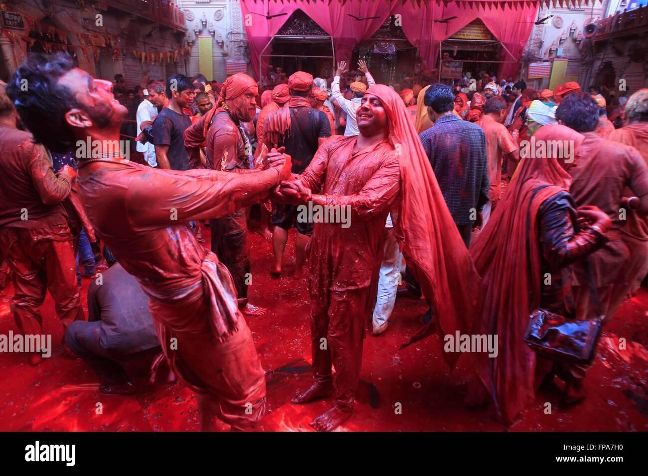 Barsana, India  17th Mar, 2016  Indian hindu devotees throw