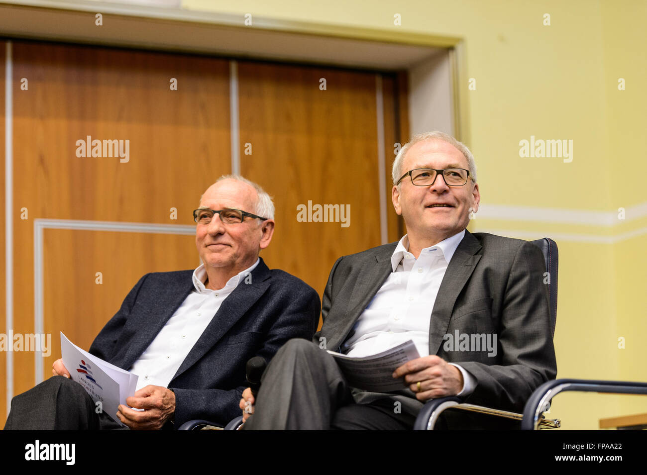 Berlin, Germany. 18th Mar, 2016. Klaus Boeger (L), president of the Berlin Sport Federation (LSB Berlin), Michael - Stock Image
