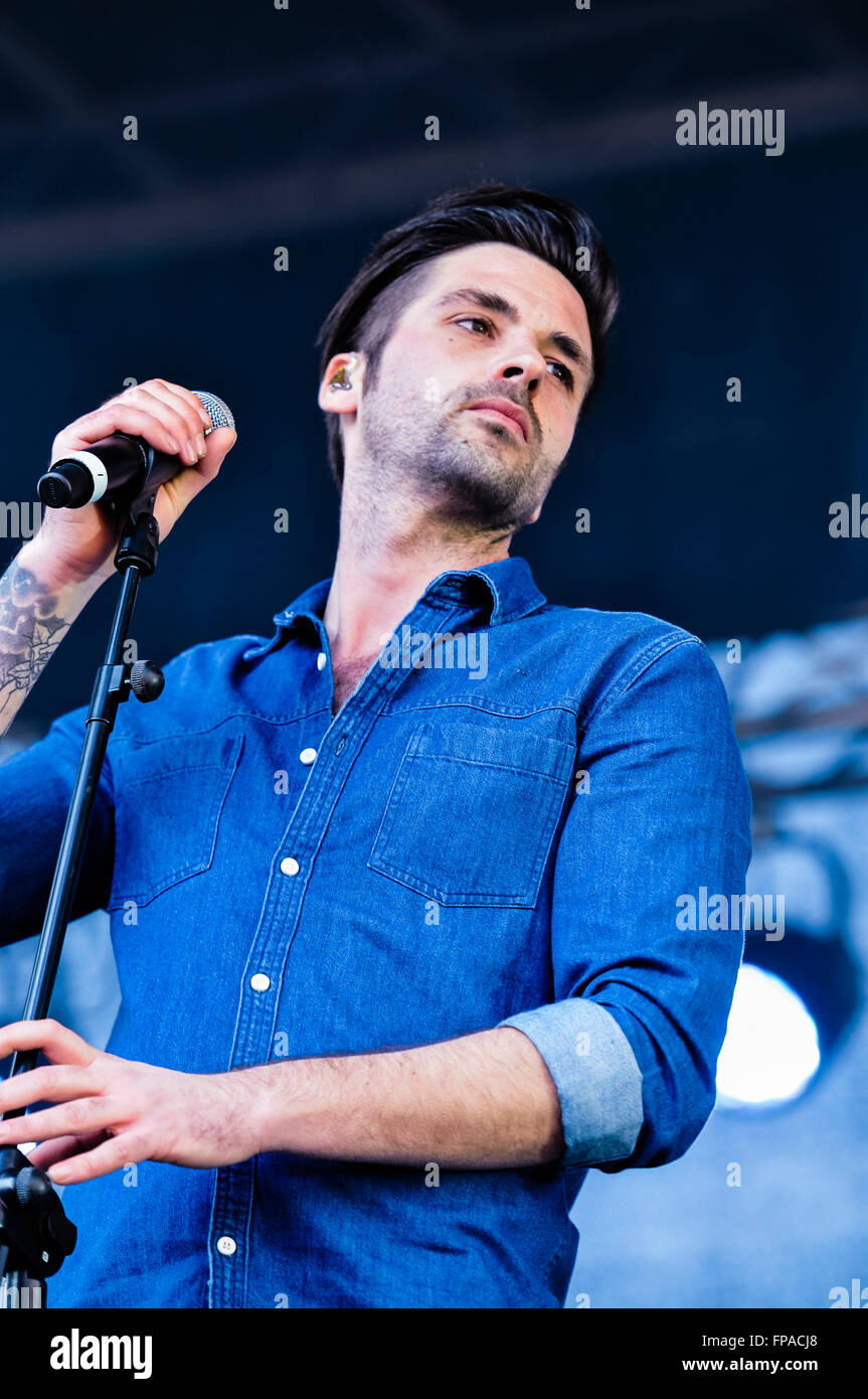 Belfast, Northern Ireland. 17 Mar 2016 - Ben Haenow, winner of X-Factor 2014, sings at the St. Patrick's Day concert Stock Photo