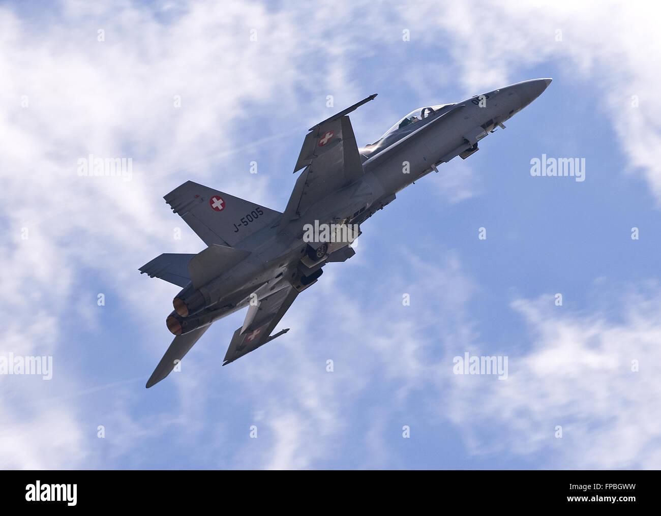 Schweizer Luftwaffe, Swiss Air Force F/A-18C Hornet J-5005 - Stock Image