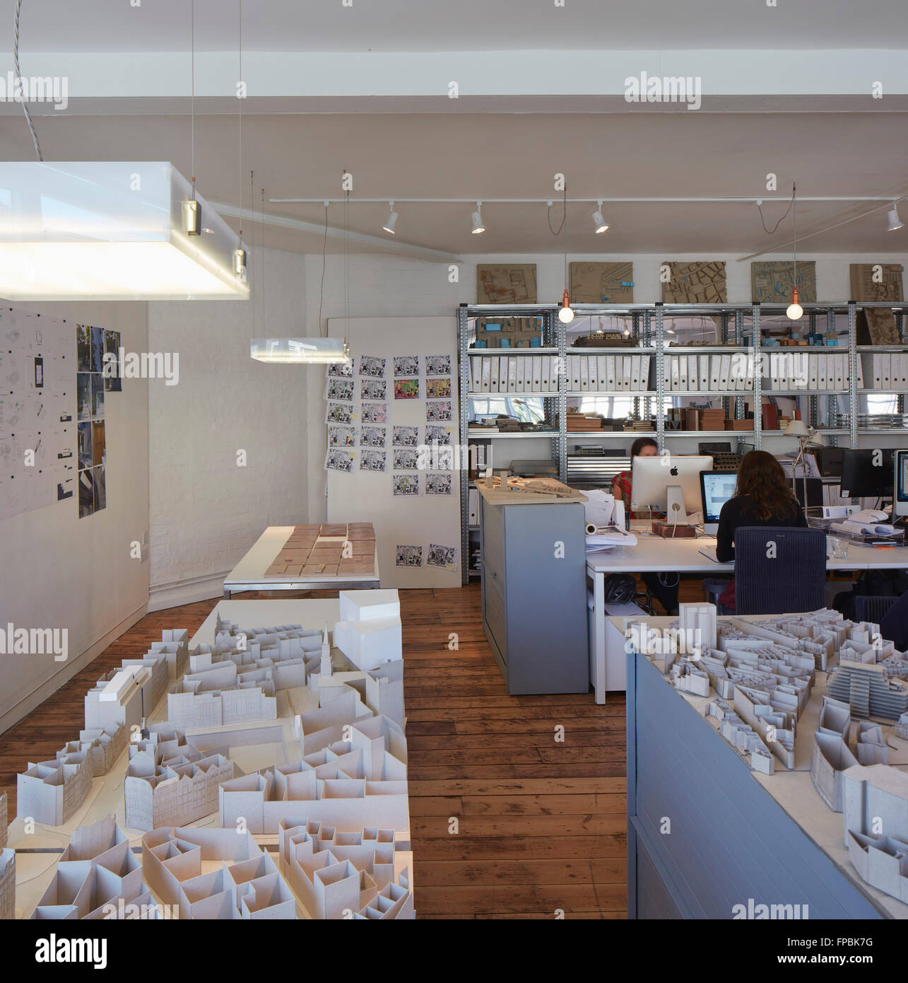 Open plan office with building models and staff at work. DSDHA architectural office, London, United Kingdom. Architect: - Stock Image