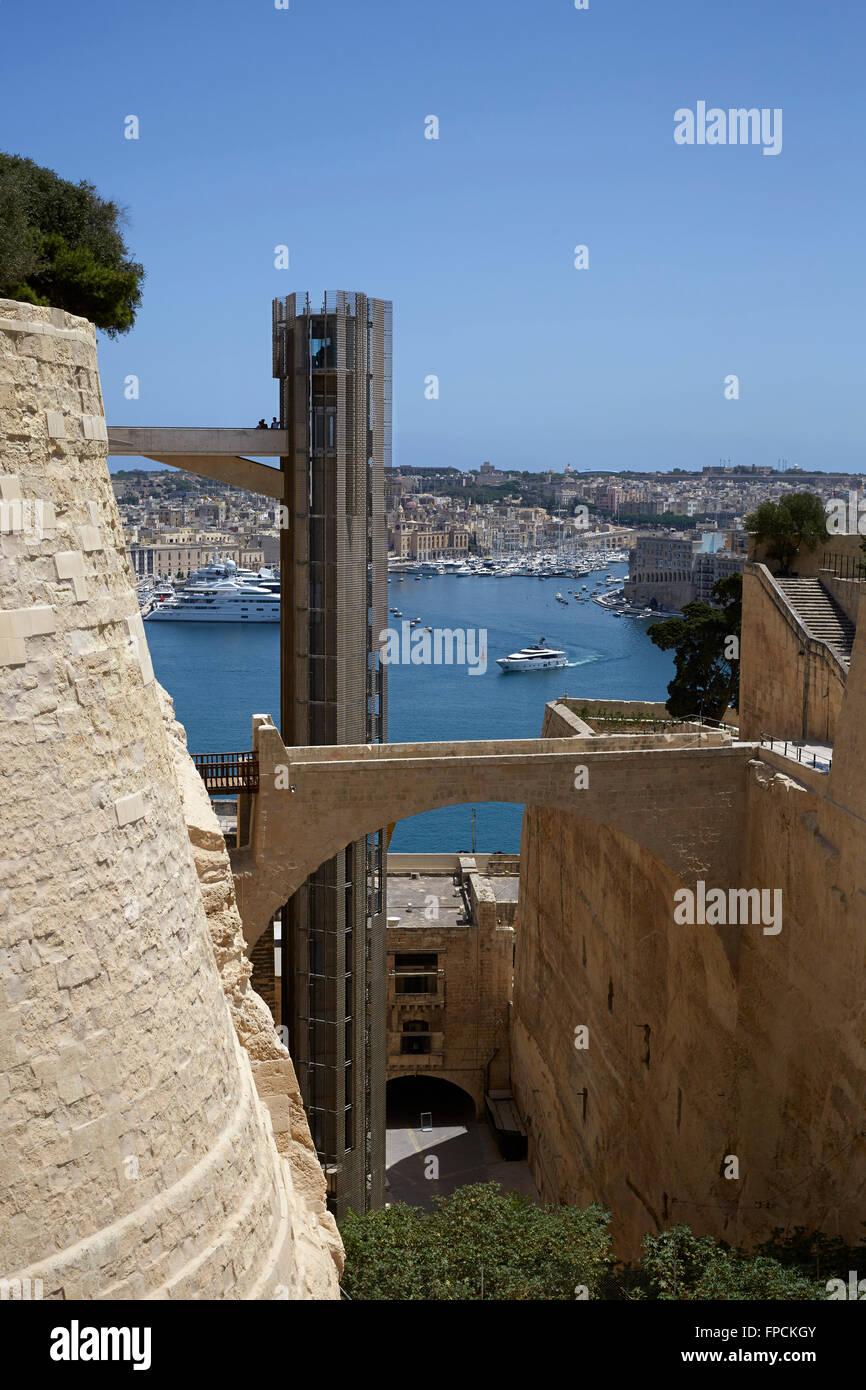 A view of the Barrakka Lift in Valletta, Malta. View out to sea. - Stock Image