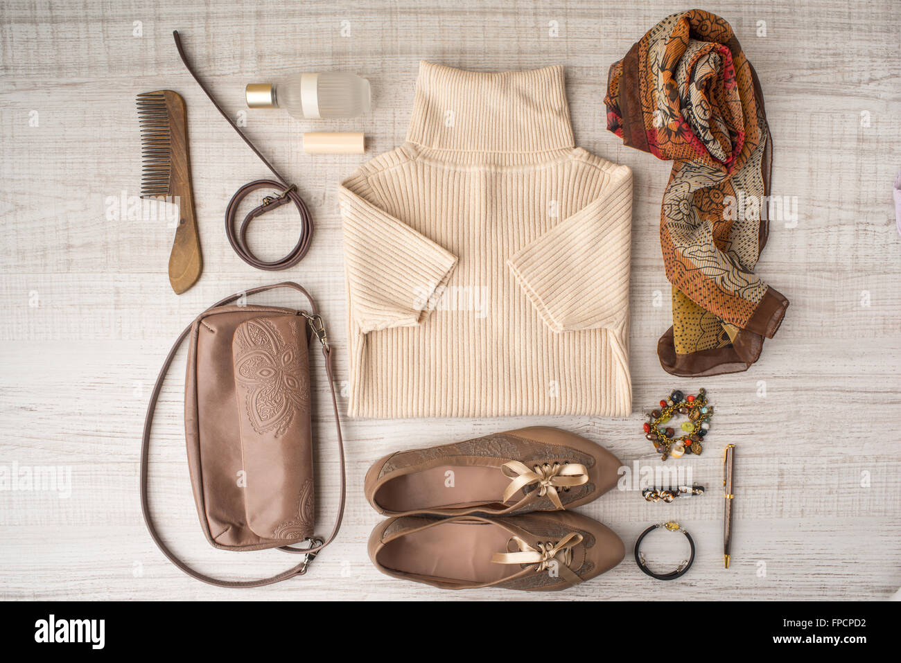 Fashion look set in beige colors top view - Stock Image