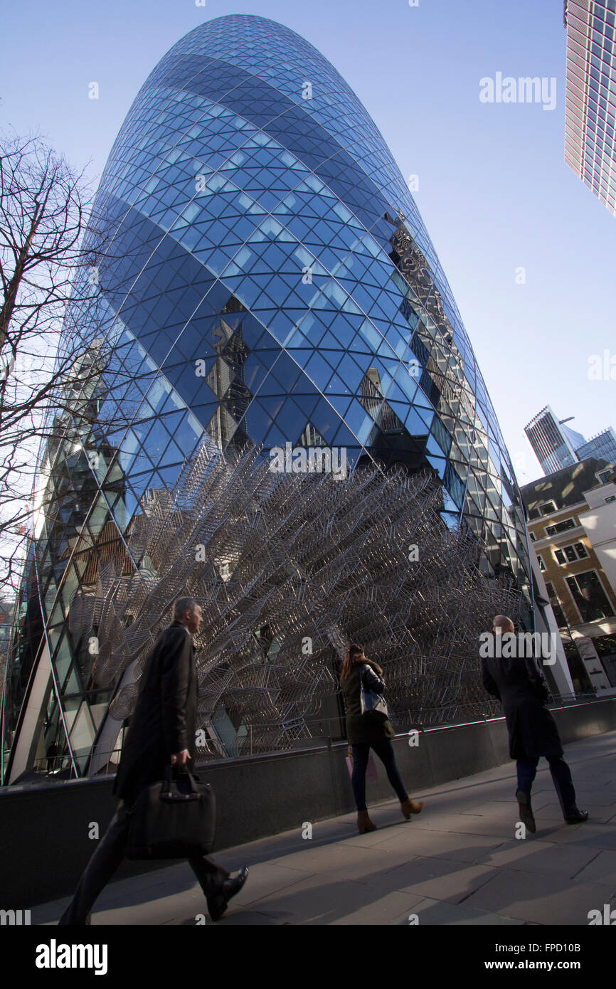 Forever Ai WeiWei Sculpture in front of the Gherkin St Marys Axe, London Forever by Ai Weiwei Ai Weiwei groupings - Stock Image