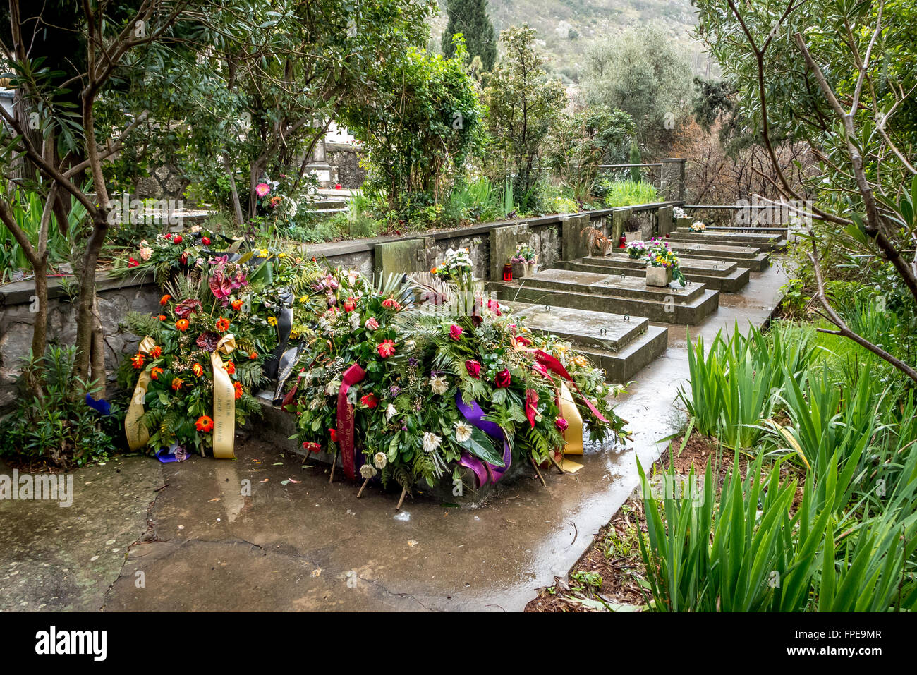 Decorated grave in the Croatian town of Sustjepan, near Dubrovnik. - Stock Image