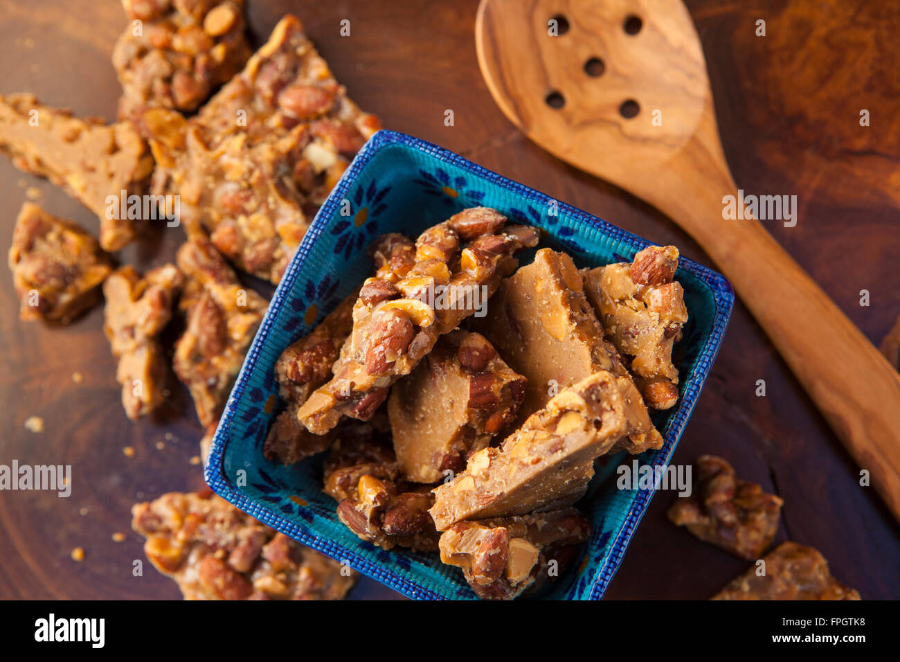 almond butter brittle at Linn's Gourmet Foods, Cambria, California - Stock Image