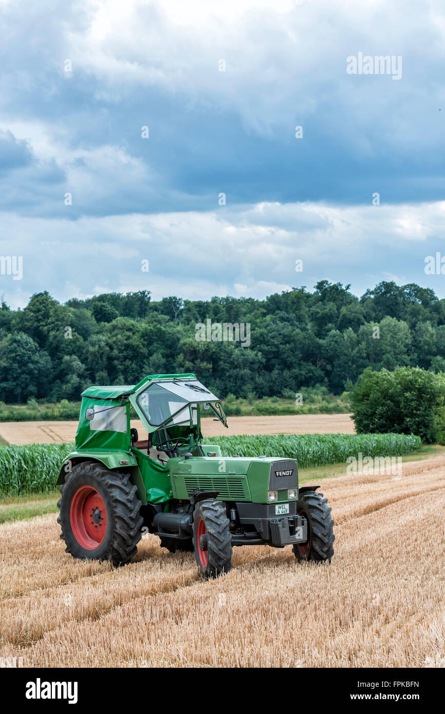 Karben, Hessen, Germany, Fendt Favorit 4S., year of manufacture 1967, 90 HP, cubic capacity 5.2 l - Stock Image