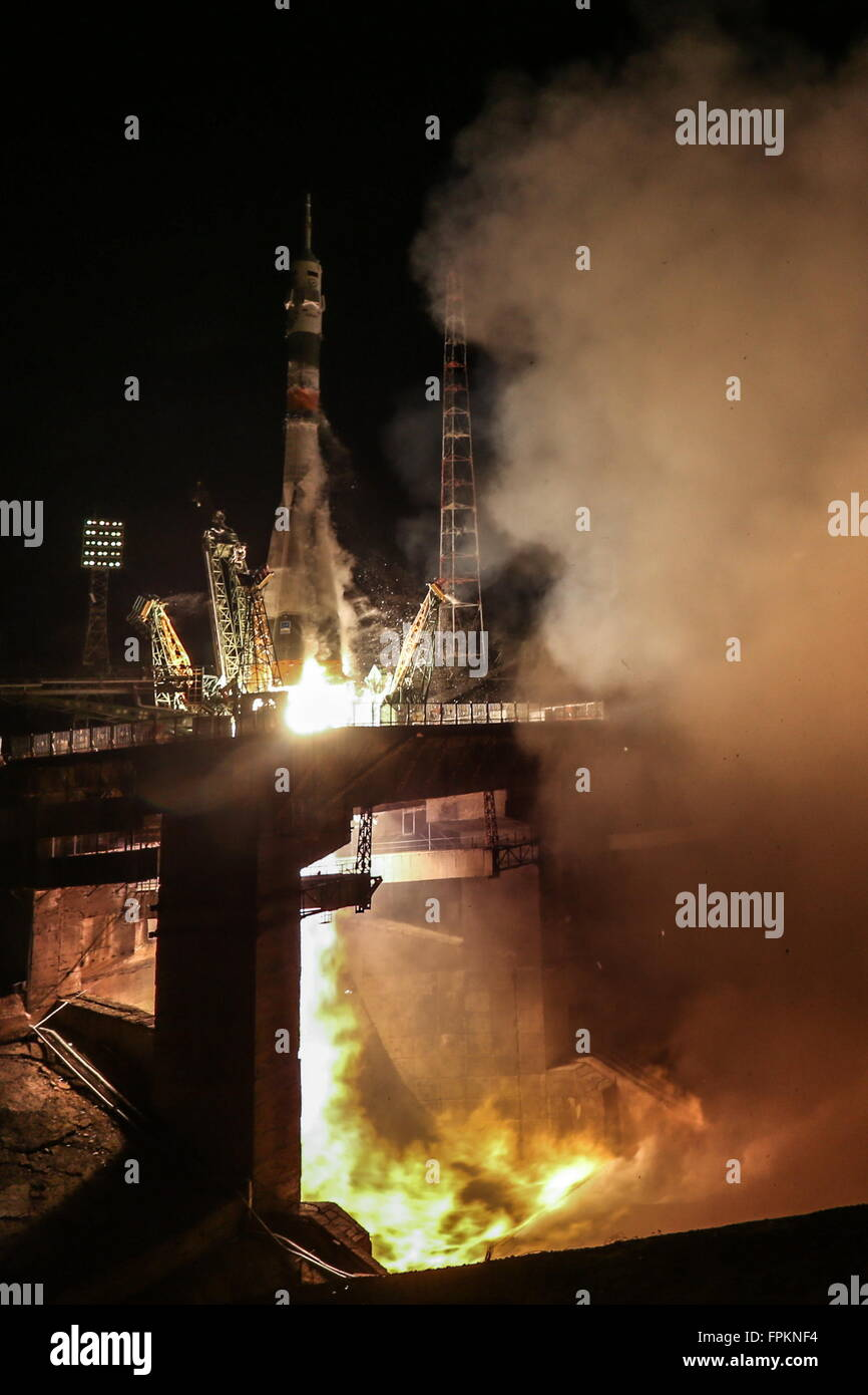 Baikonur, Kazakhstan. 19th Mar, 2016. A Soyuz FG rocket with the Soyuz TMA-20M spacecraft carrying the ISS Expedition - Stock Image
