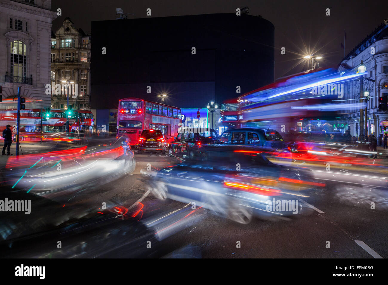 London, UK. 19th Mar, 2016. This saturday, March 19th, at 8:30 PM, for the Earth Hour, the lights went off for 1 - Stock Image
