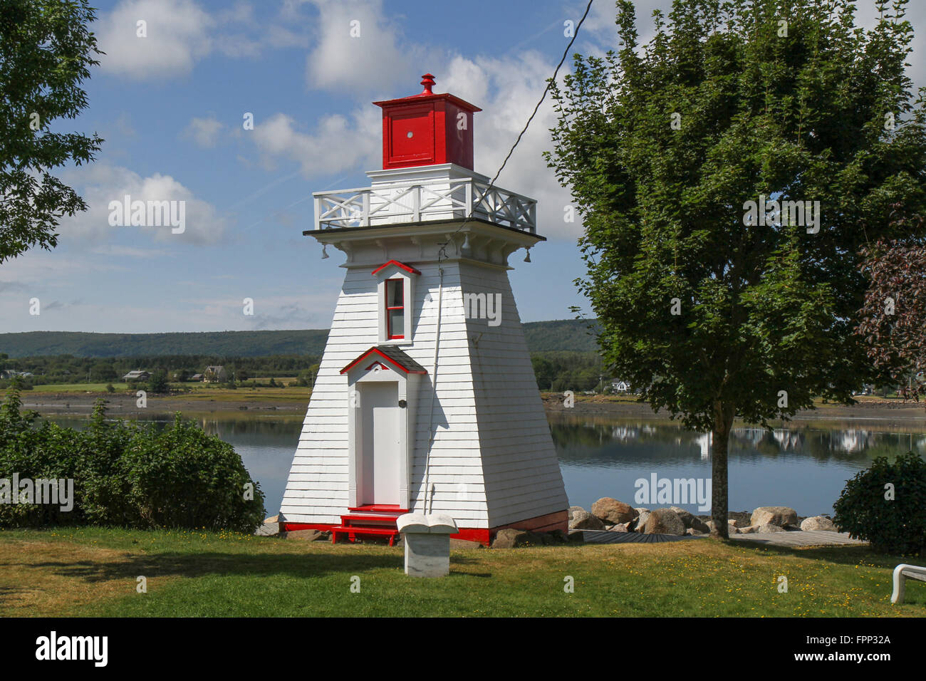 Annapolis Lighthouse marks Annapolis Royal and signals the end of navigable waters for vessels navigating the Annapolis Stock Photo