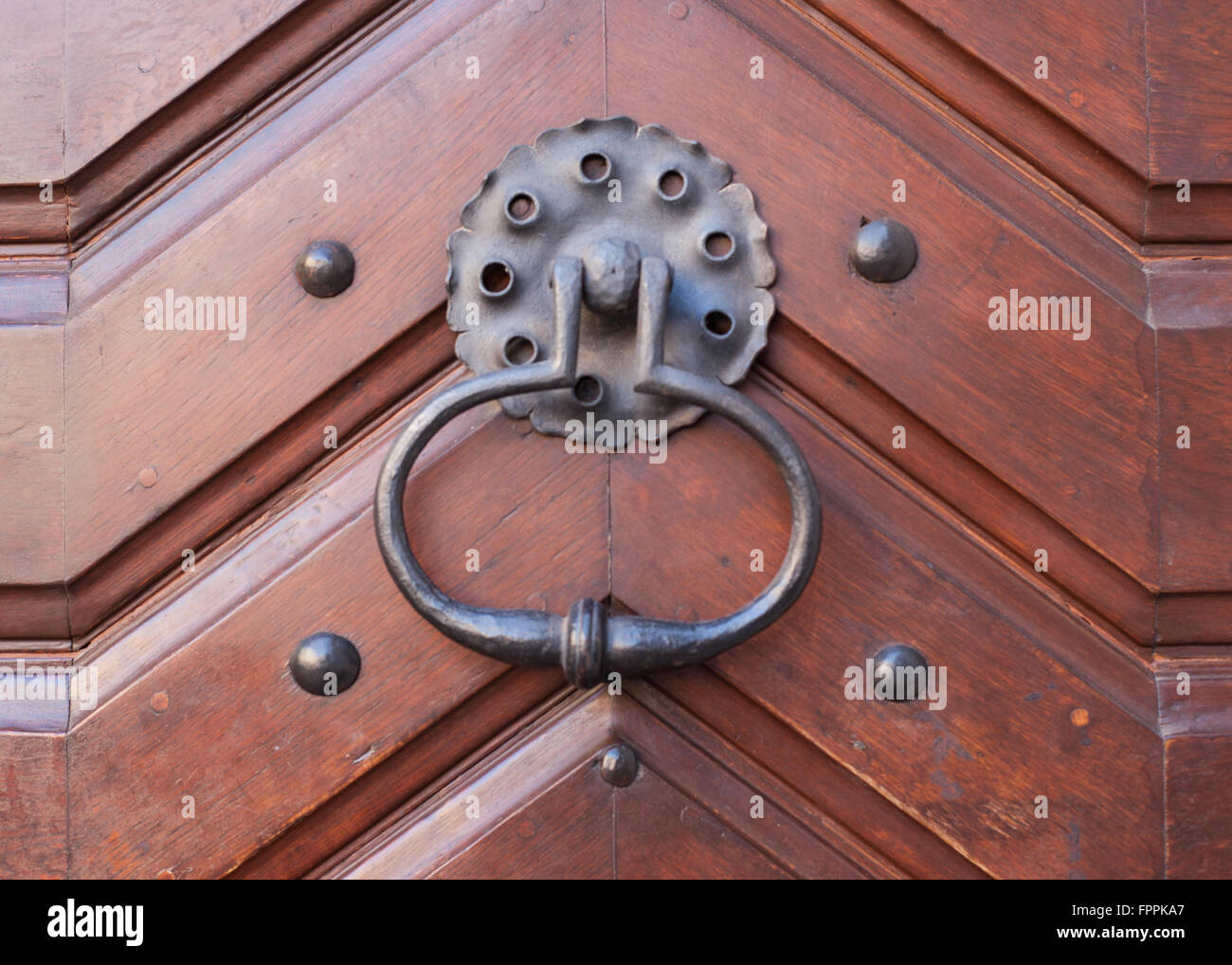 Close up detail of an old door handle - Stock Image