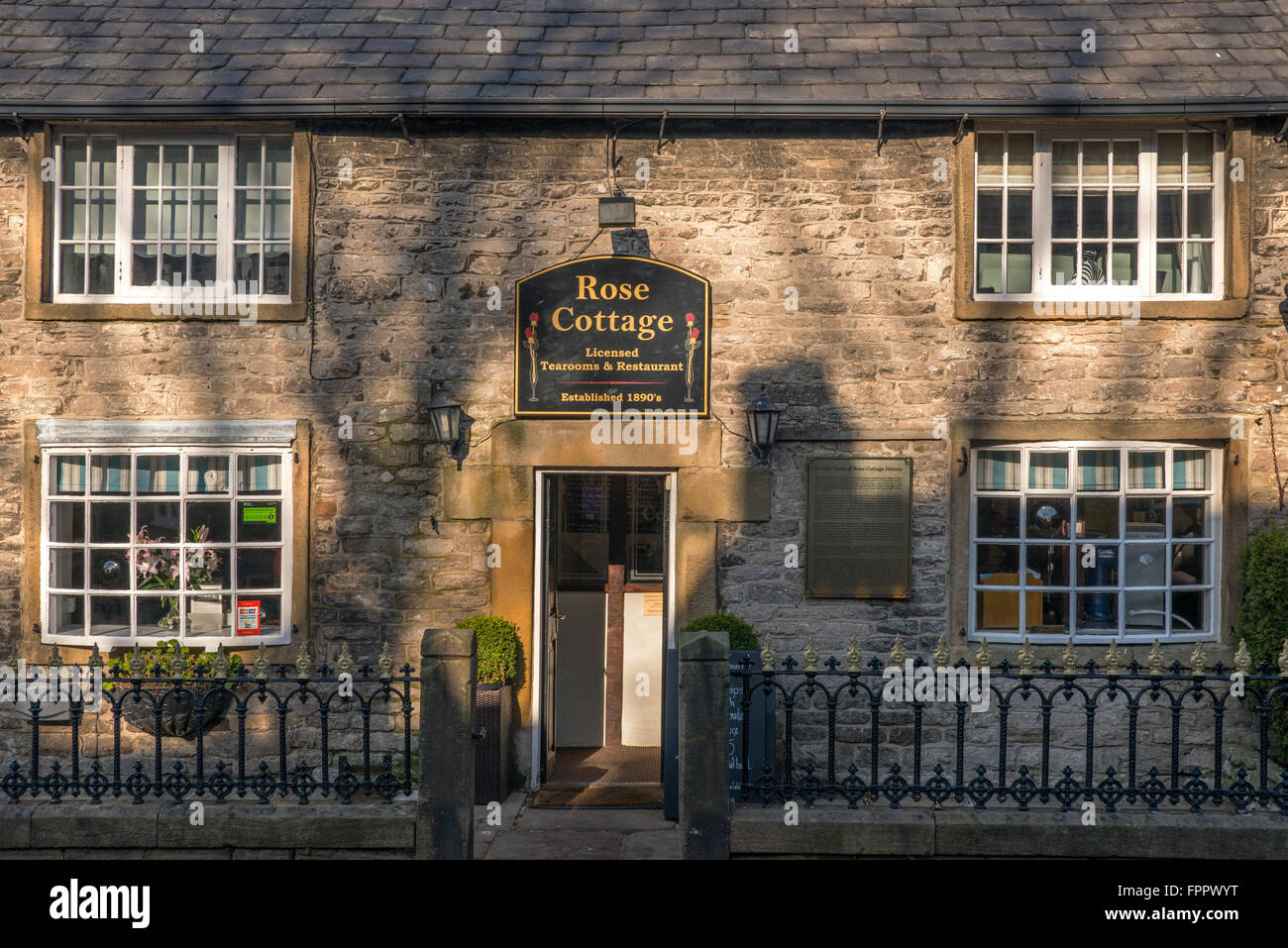 Rose Cottage Tearooms and Restaurant, Castleton, Derbyshire Stock Photo