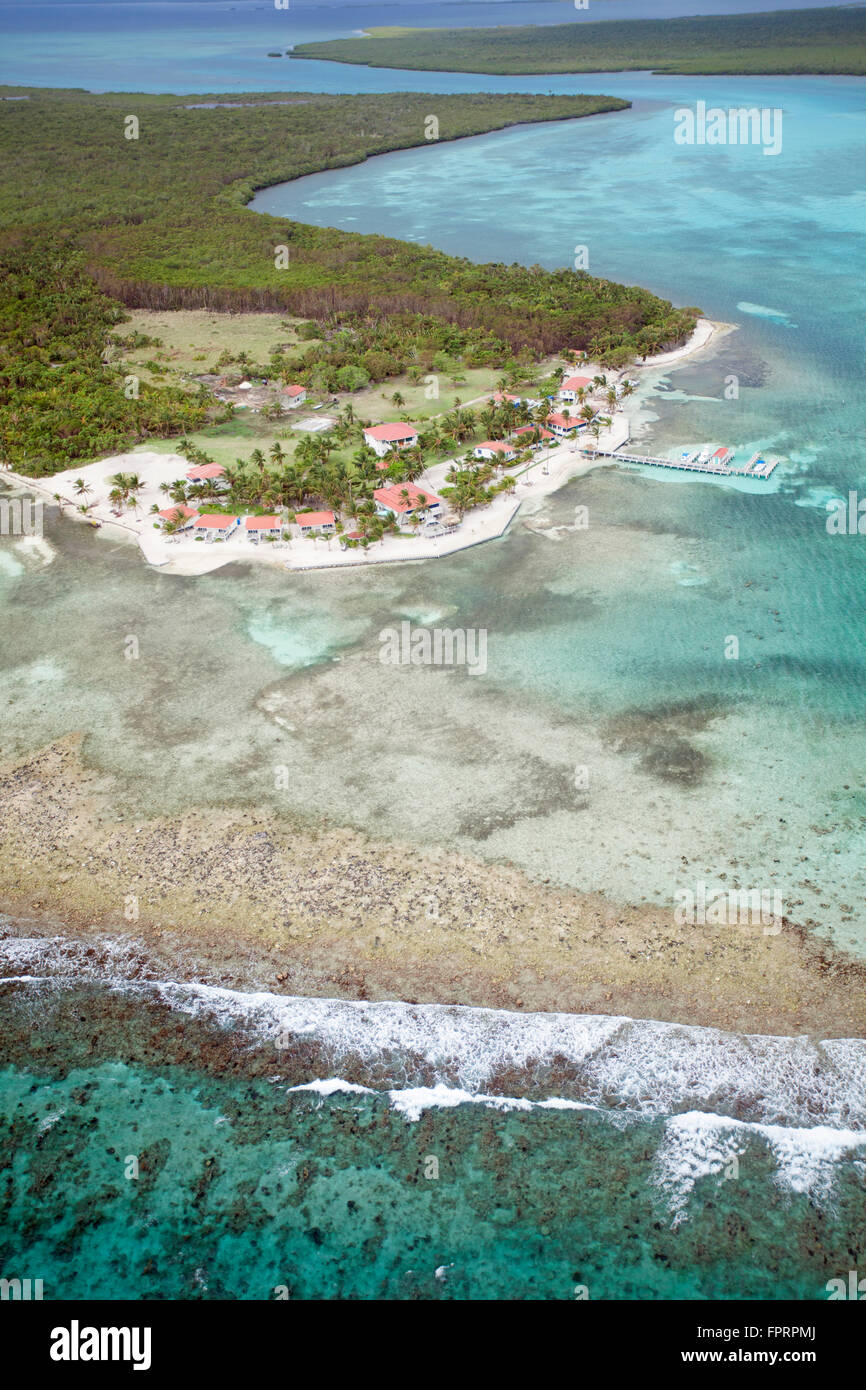 Geography/travel, Central America, Belize, Turneffe Atoll, aerial shot, Turneffe Flats resort, island in the Turneffe - Stock Image