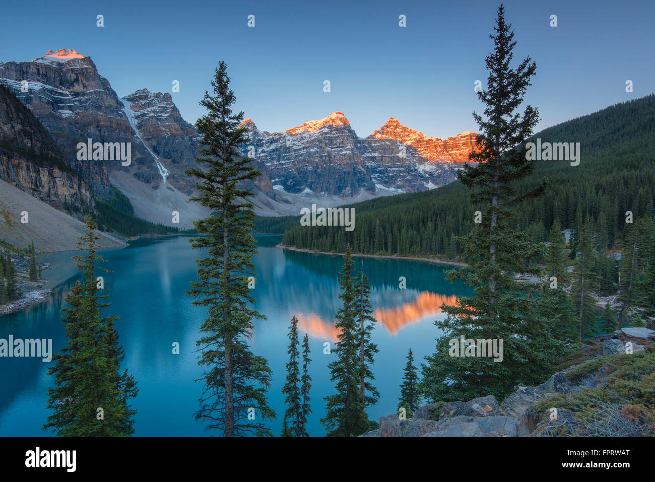 Moraine Lake, glacially-fed lake, in the evening light, Valley of the Ten Peaks, Canadian Rockies, Banff National Stock Photo