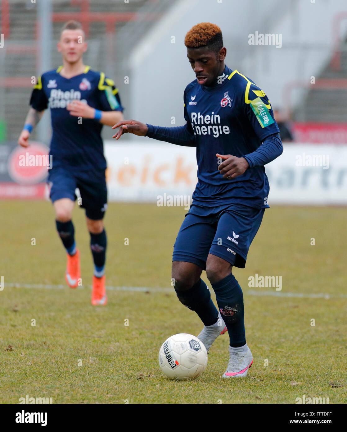 sports, football, Regional League West, 2015/2016, Rot Weiss Oberhausen versus 1. FC Cologne U21 3:2, Stadium Niederrhein - Stock Image