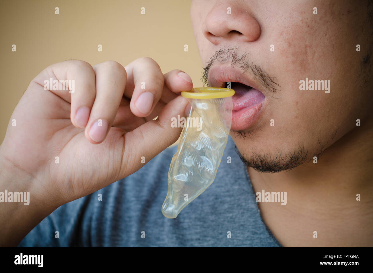 что ты, видео пьет сперму из презерватива попросту отобьет, даже