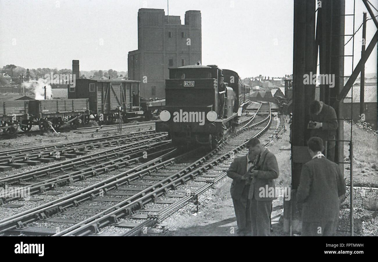 LBSCR A1X Terrier 0-6-0T steam locomotive entering Brighton Station with an RCTS excursion to Brighton (Kemp Town) on 5th October 1952 Stock Photo