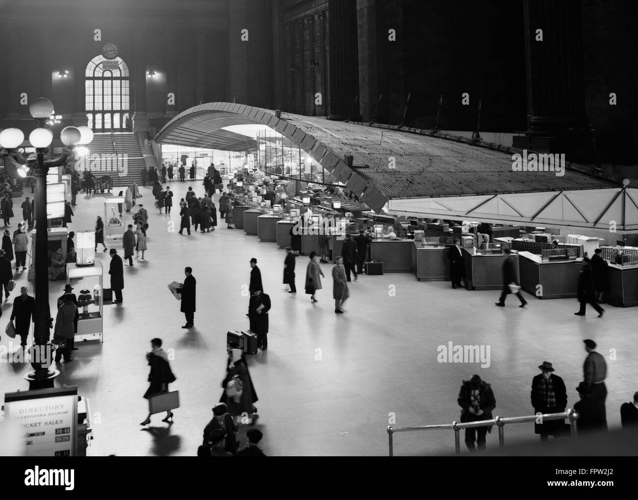 1950s 1960s RAILROAD TICKET COUNTER PENNSYLVANIA STATION DEMOLISHED 1966 NEW YORK CITY USA - Stock Image