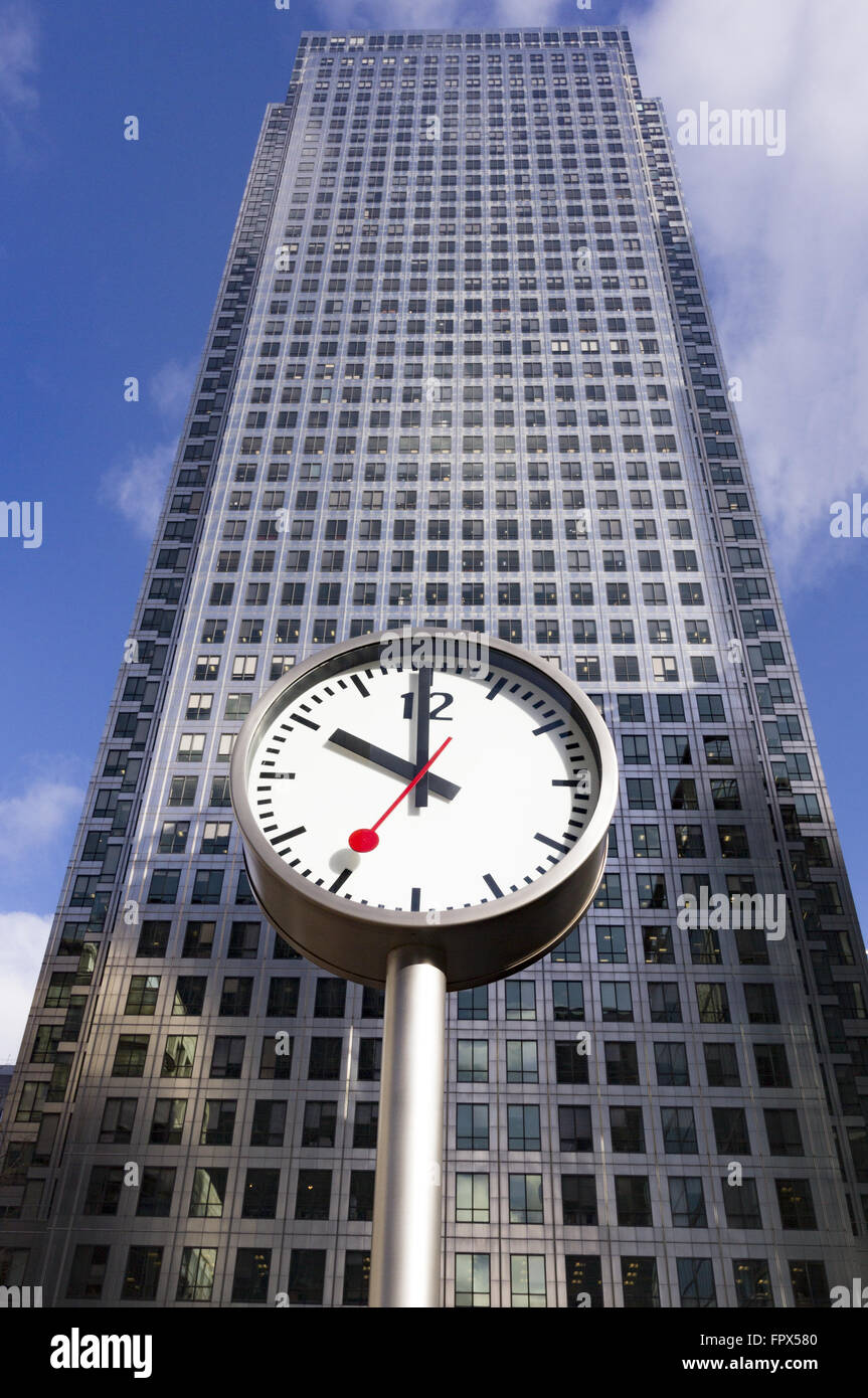Clock in Front of One Canada Square, Canary Wharf, 4th March 2015 - Stock Image
