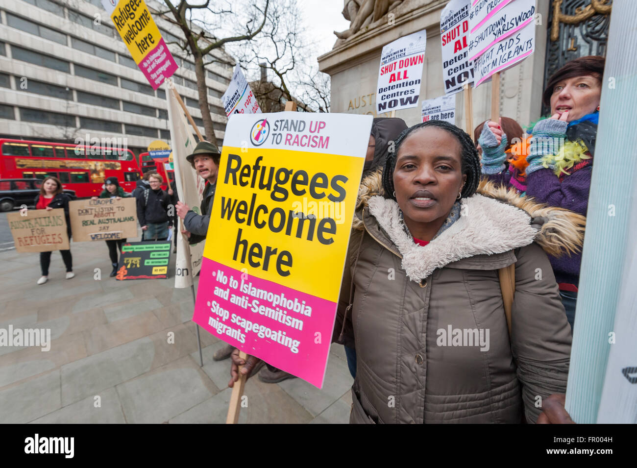 London, UK. 19th March, 2016. Australian human rights protesters rallied at embassies around the world, including - Stock Image