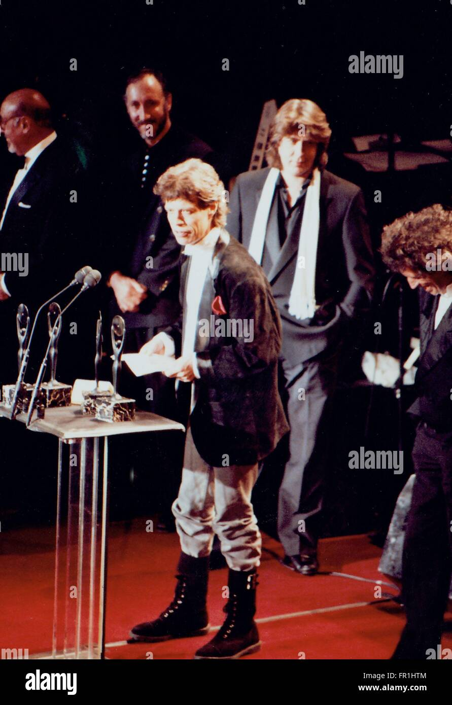THE 4TH ANNUAL ROCK 'N' ROLL HALL OF FAME CEREMONY , THE ROLLING STONES , Mick Jagger  Pete Townshend,  - Stock Image