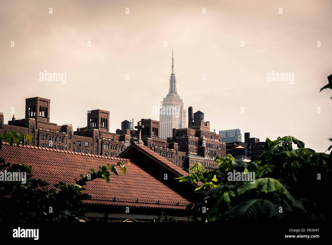 Empire State Building, New York City, USA, viewed from the High Line - Stock Image