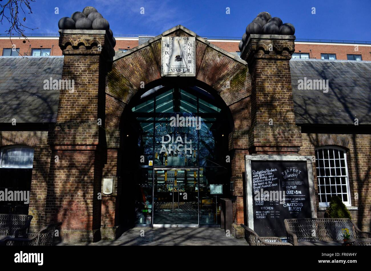 Dial Arch pub, Royal Arsenal, Woolwich, London, England, UK - Stock Image