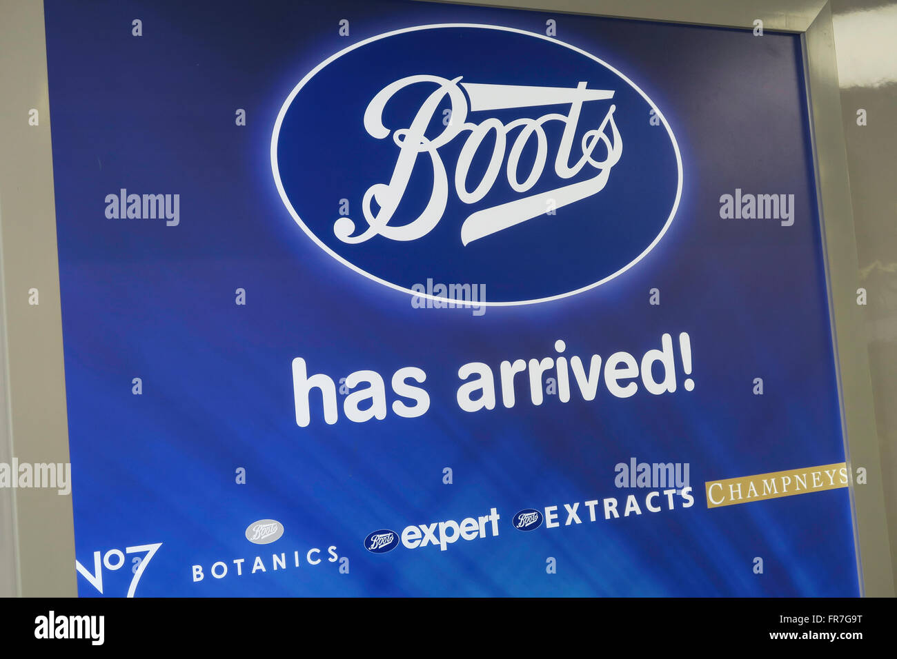 outlet sports shoes best Boots Pharmacy Display, Duane Reade by Walgreens Drugstore ...