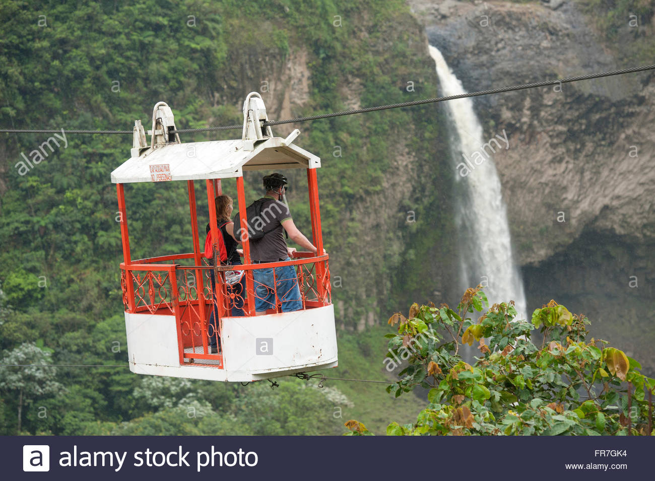 Banos Ecuador Transport across the valley on aerial runways transporting goods and people. - Stock Image