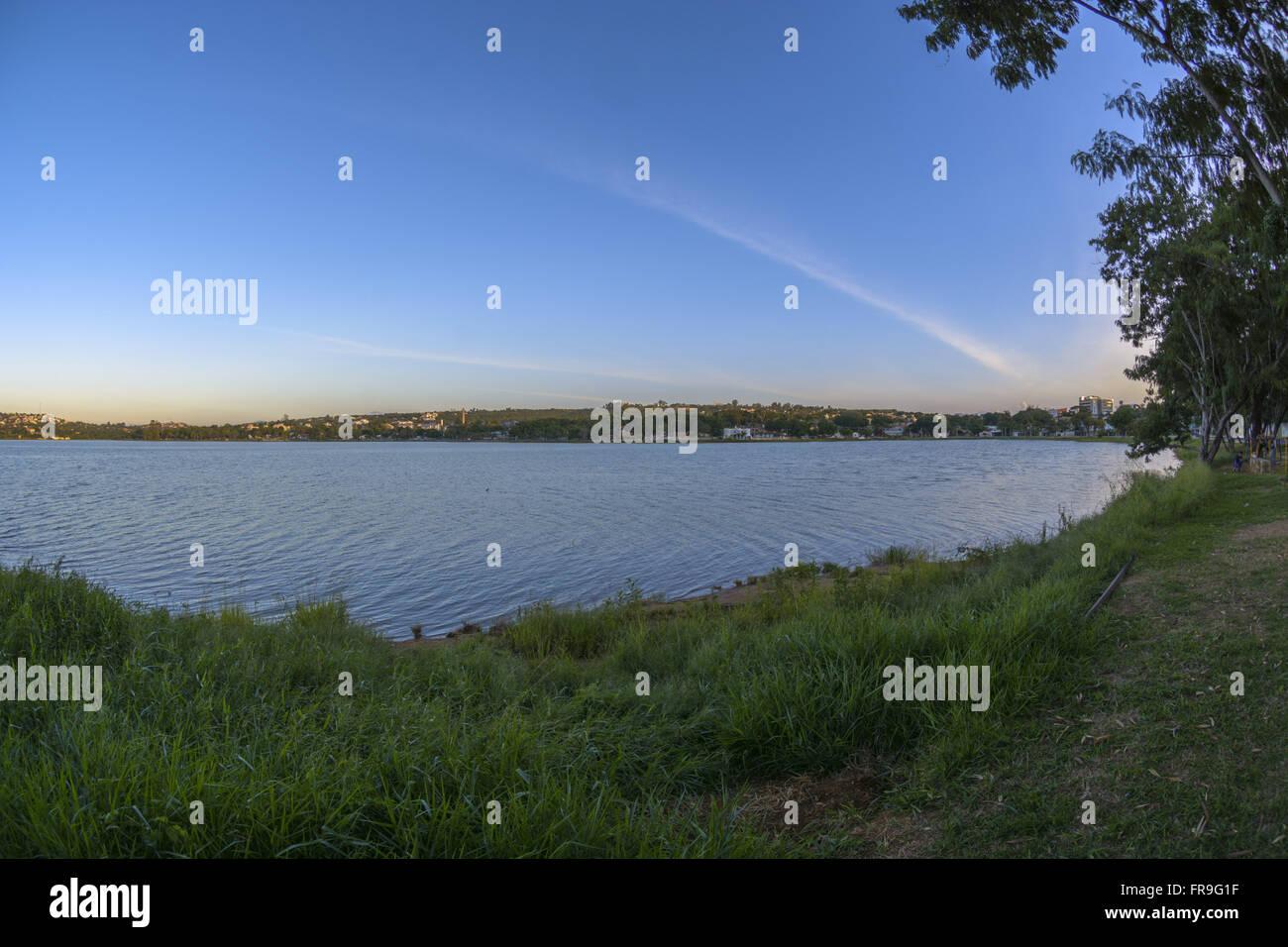 Lagoa Central na área urbana do município - Stock Image