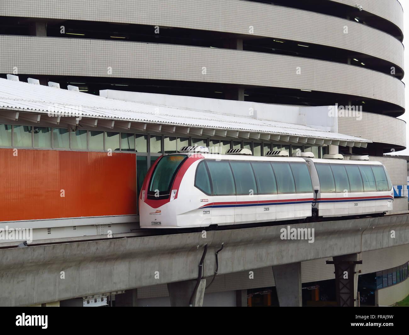 Aeromóvel - liga Estação Aeroporto do metrô ao Terminal 1 do Aeroporto Internacional Salgado - Stock Image