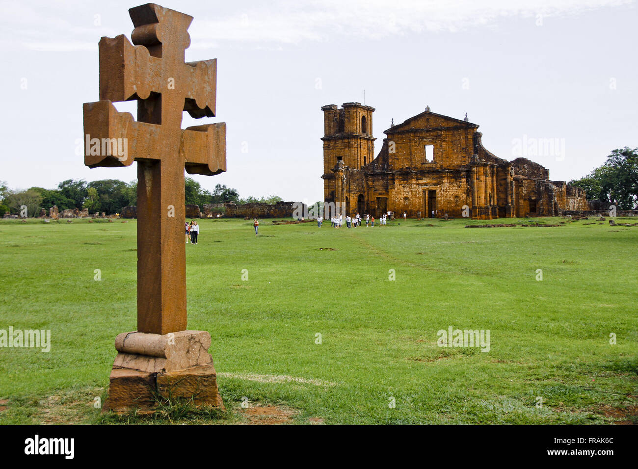 Misiones Cross and Church Ruins Archaeological Site in Sao Miguel Arcanjo - construction 1735 - Stock Image