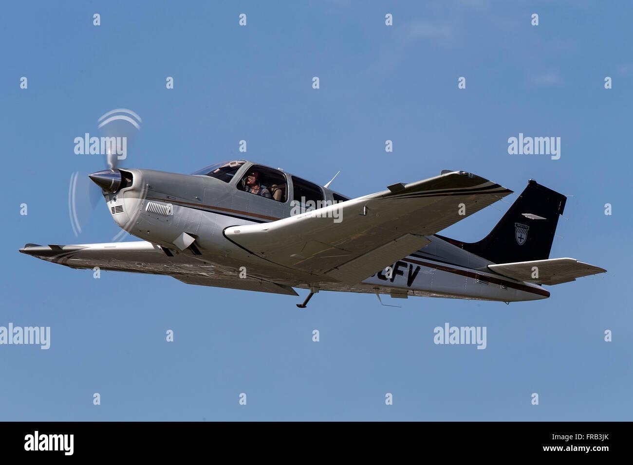 Beechcraft Bonanza G36 (registration N360FV) takes off from Palo Alto Airport (KPAO), Palo Alto, California, United - Stock Image