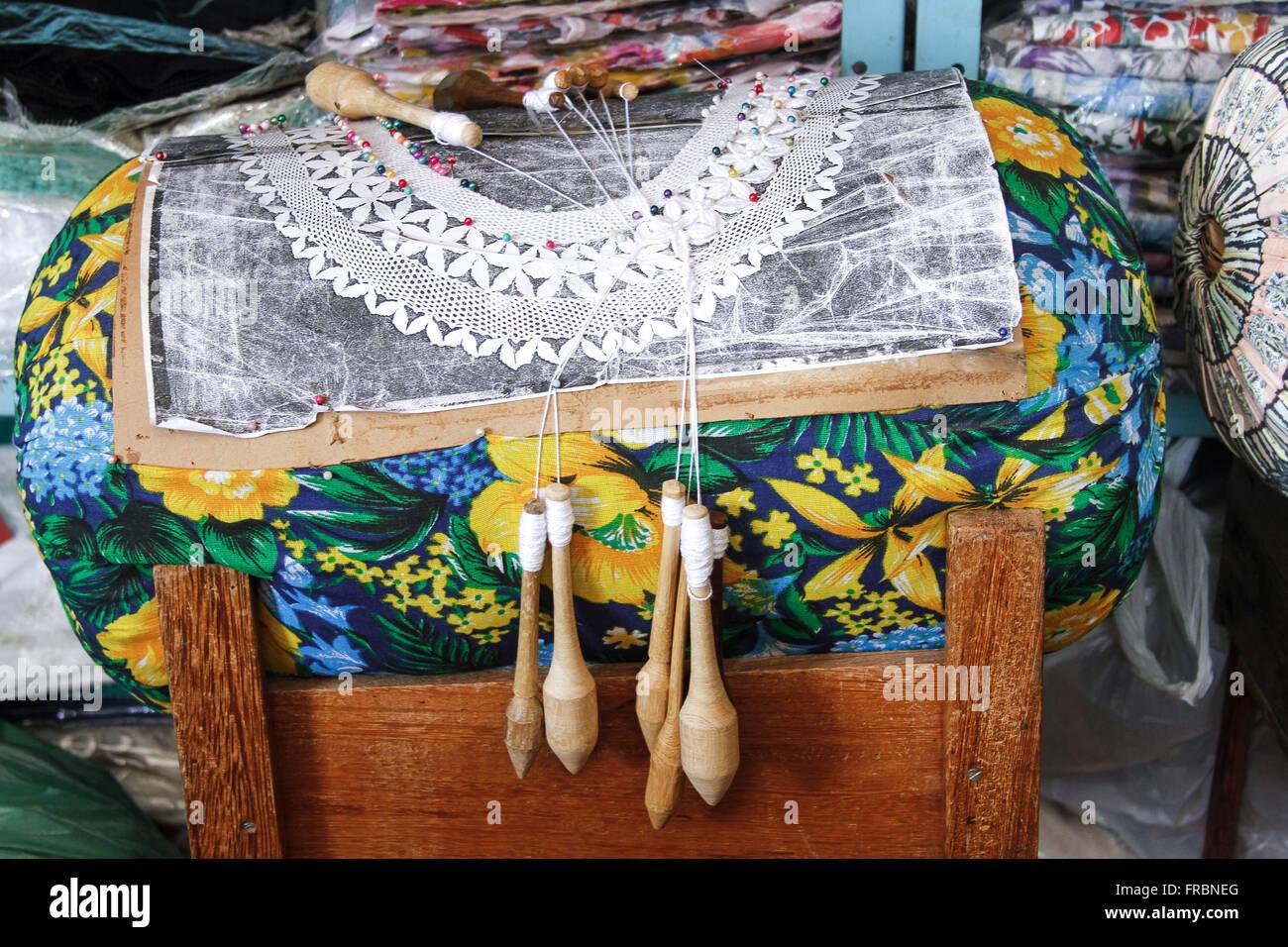 Bobbin lace in the village of Lagoa da Conceicao - Stock Image